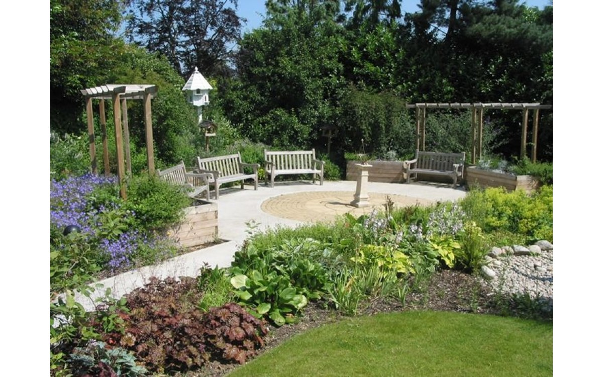 Sensory Gardens for dementia, residential and respite care homes' therapy gardens